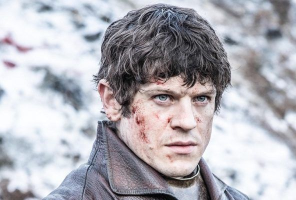 Ramsay-Bolton-in-Mothers-Mercy-cropped-Official-HBO