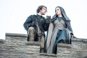 Theon-and-Sansa-jump-Official-HBO-630x419