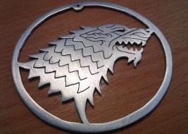 نماد خاندان استارک با رکاب